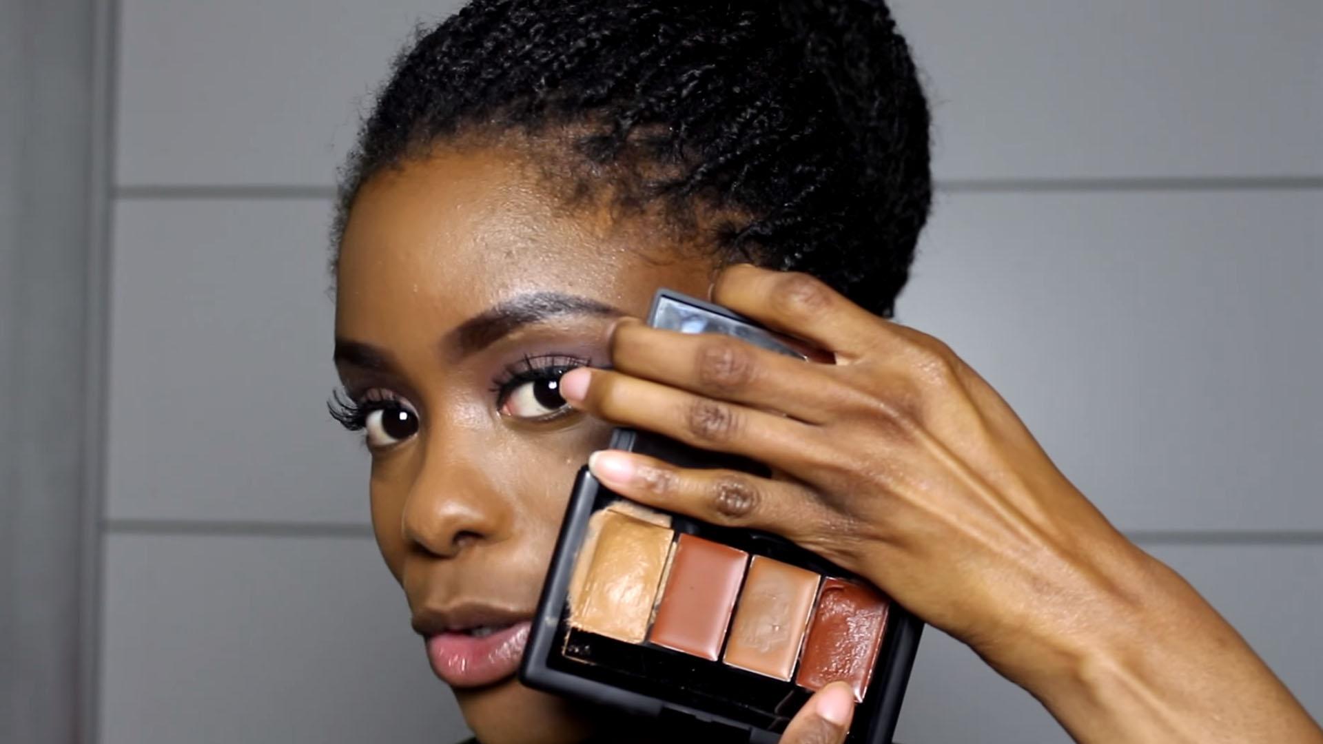 Verwonderend Donkere huid contouren en highlighten - HairCrushNL YV-37